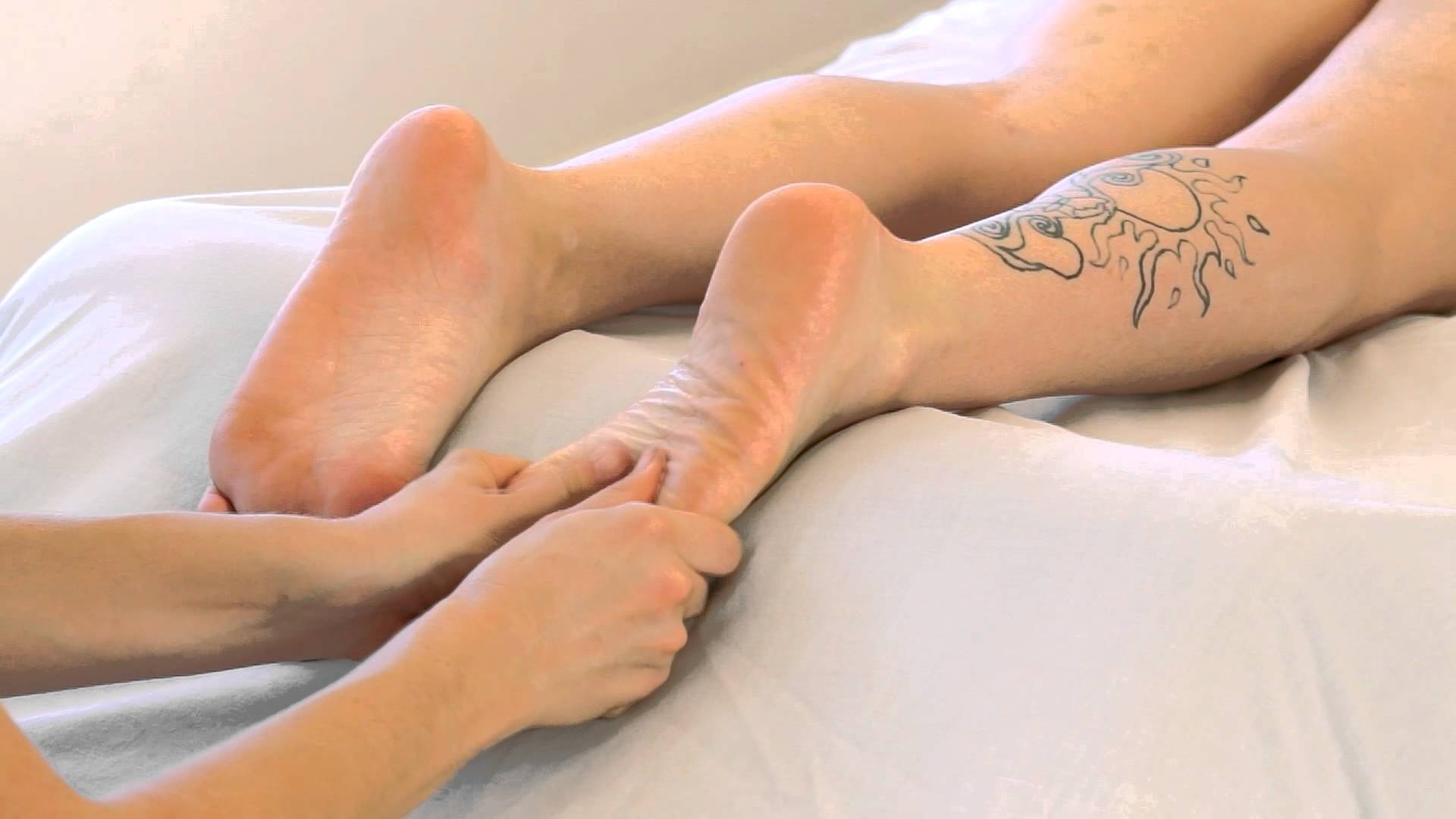 ASMR Foot Massage Swedish Massage Therapy Approaches For Feet Total Human  body Massage Collection Section 3 - Healthy Tips
